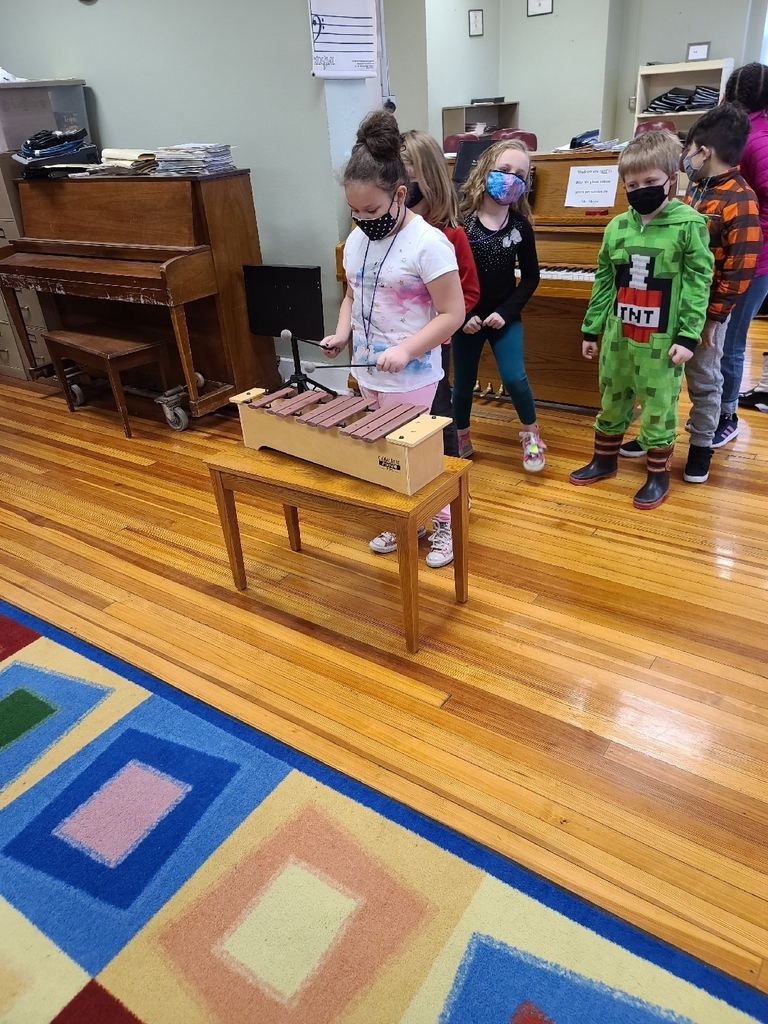 Learning about the pentatonic scale on the xylophone today!